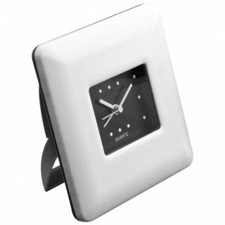 настольные часы с функцией будильника 42772