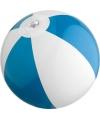 Двухцветный пляжный мяч